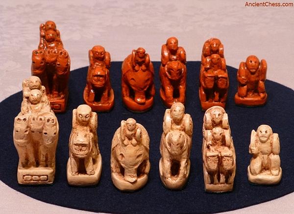 Afrasiab chessmen ancient chess chess history world - The chessmen chess set ...
